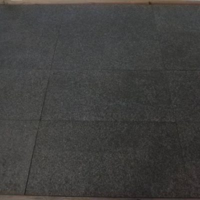 natuursteen binnentegels vloertegels graniet basalt G684 60x30 Livingstone Goes