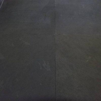 natuursteen binnentegels vloertegels 60x60 Black lijsteen Livingstone Goes