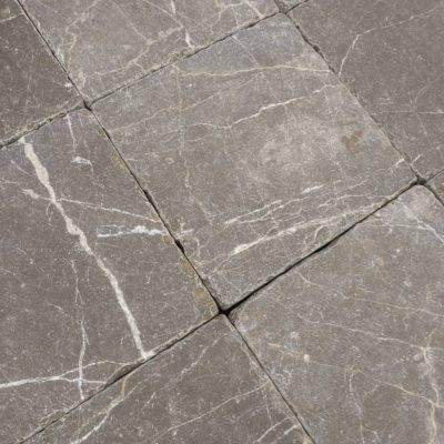 Natuursteen binnentegel - 15x15x1 - Lime maroon - Art nr 127