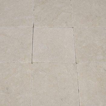 Natuursteen binnentegel - 15x15x1 - Beige marble - Art nr 137