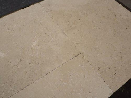 Natuursteen binnentegel - Wildverband - Travertin light brown - Art nr 264