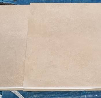 Keramische buitentegel 61x61x2 € 25,-- pm2 Art L79