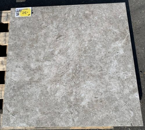 keramische tuintegel 60x60 Monte grey € 25,-- pm2 Art 87