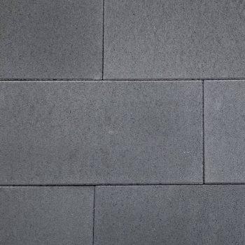 betontegel 30x60x4 zwart € 21,50 pm2