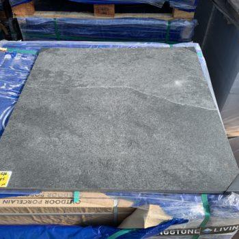 Keramische buitentegel 80x80 Wells slate black